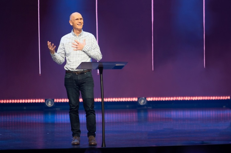 Retiring pastor of Minnesota's largest megachurch opens up about his struggles with anger